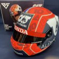 新品正規入荷品●SCUDERIA ALPHATAURI HONDA別注 2021 (P.ガスリー)ミニチュアヘルメット